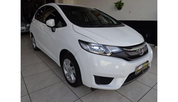 //www.autoline.com.br/carro/honda/fit-15-lx-16v-flex-4p-automatico/2015/londrina-pr/6836982