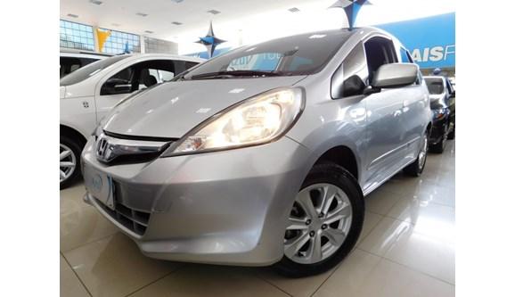 //www.autoline.com.br/carro/honda/fit-14-lx-16v-flex-4p-automatico/2014/sumare-sp/6957778