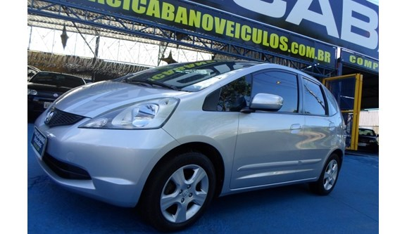 //www.autoline.com.br/carro/honda/fit-14-lxl-16v-flex-4p-manual/2010/campinas-sp/6974669