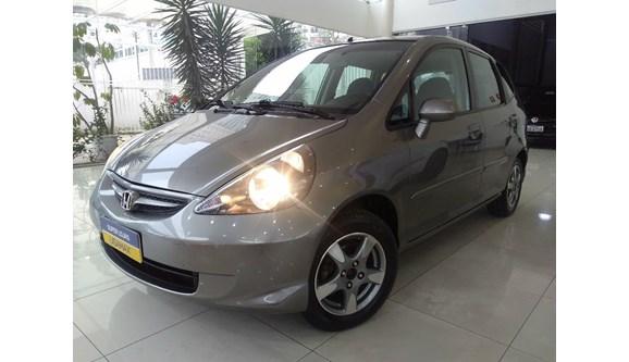 //www.autoline.com.br/carro/honda/fit-14-lx-8v-flex-4p-manual/2007/sao-paulo-sp/6984212