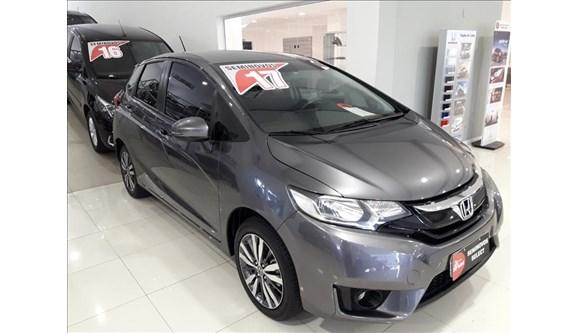 //www.autoline.com.br/carro/honda/fit-15-ex-16v-flex-4p-automatico/2017/sao-paulo-sp/7031846