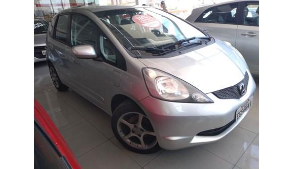 //www.autoline.com.br/carro/honda/fit-15-ex-16v-flex-4p-manual/2009/sao-bernardo-do-campo-sp/7538794