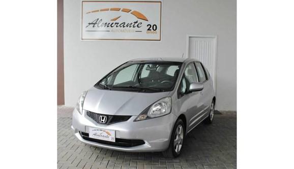 //www.autoline.com.br/carro/honda/fit-14-lxl-16v-flex-4p-manual/2011/blumenau-sc/6429443