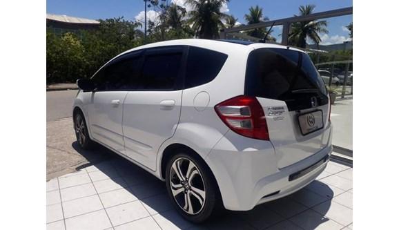 //www.autoline.com.br/carro/honda/fit-14-lx-16v-flex-4p-automatico/2013/rio-de-janeiro-rj/7661352