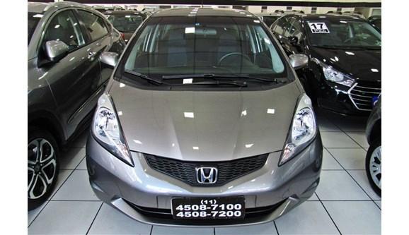 //www.autoline.com.br/carro/honda/fit-14-dx-16v-flex-4p-manual/2012/sao-paulo-sp/6338319
