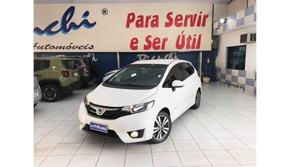 //www.autoline.com.br/carro/honda/fit-15-ex-16v-flex-4p-automatico/2017/sao-paulo-sp/8110263