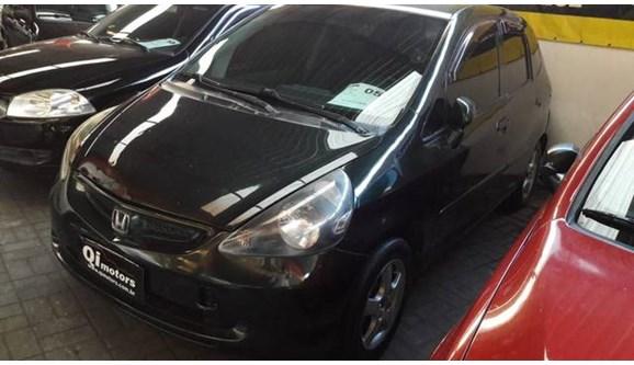 //www.autoline.com.br/carro/honda/fit-14-lxl-8v-gasolina-4p-automatico/2005/sao-jose-dos-campos-sp/8120997