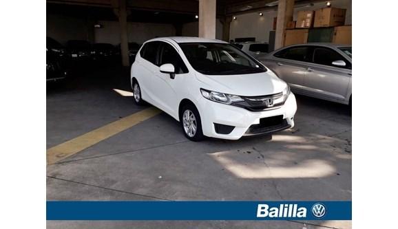 //www.autoline.com.br/carro/honda/fit-15-lx-16v-flex-4p-automatico/2015/indaiatuba-sp/8214304