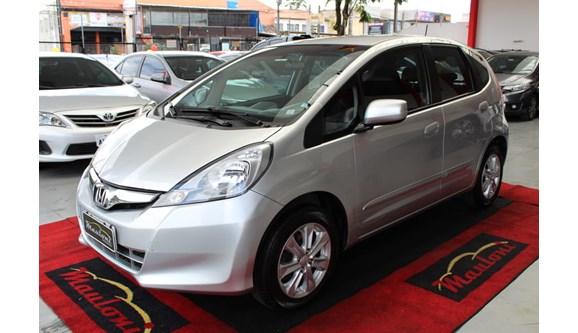 //www.autoline.com.br/carro/honda/fit-14-lx-16v-flex-4p-automatico/2013/curitiba-pr/8295131