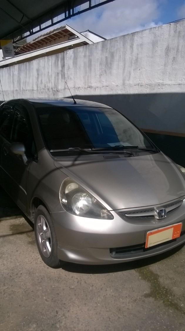 //www.autoline.com.br/carro/honda/fit-14-lx-8v-gasolina-4p-cvt/2008/campos-do-jordao-sp/8339293