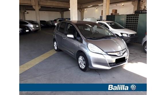 //www.autoline.com.br/carro/honda/fit-14-lx-16v-flex-4p-manual/2013/indaiatuba-sp/8421226