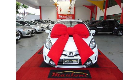 //www.autoline.com.br/carro/honda/fit-15-twist-16v-flex-4p-automatico/2014/curitiba-pr/8560595