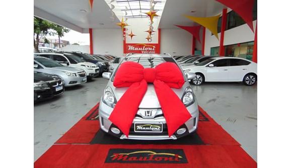 //www.autoline.com.br/carro/honda/fit-15-twist-16v-flex-4p-manual/2014/curitiba-pr/8560596