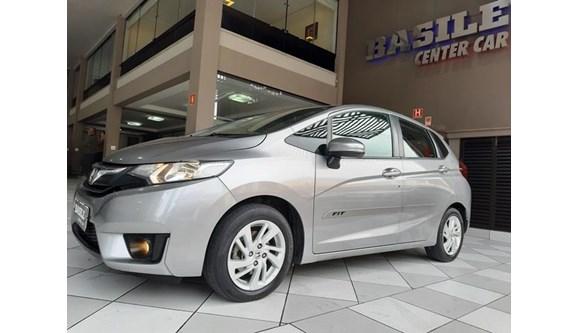 //www.autoline.com.br/carro/honda/fit-15-lx-16v-flex-4p-automatico/2015/sao-paulo-sp/8874899