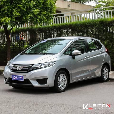//www.autoline.com.br/carro/honda/fit-15-lx-16v-flex-4p-manual/2015/fortaleza-ce/9069061
