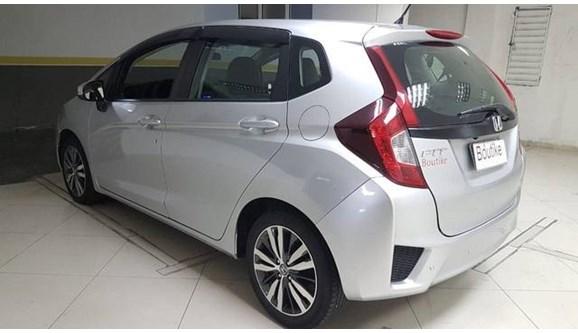 //www.autoline.com.br/carro/honda/fit-15-ex-16v-flex-4p-automatico/2015/niteroi-rj/9103648