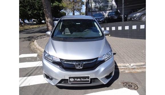 //www.autoline.com.br/carro/honda/fit-15-exl-16v-flex-4p-automatico/2017/campinas-sp/9181620