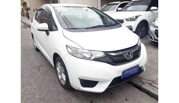 //www.autoline.com.br/carro/honda/fit-15-lx-16v-flex-4p-automatico/2015/niteroi-rj/9278497