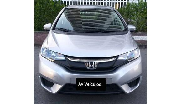 //www.autoline.com.br/carro/honda/fit-14-lx-16v-flex-4p-automatico/2015/fortaleza-ce/9307010