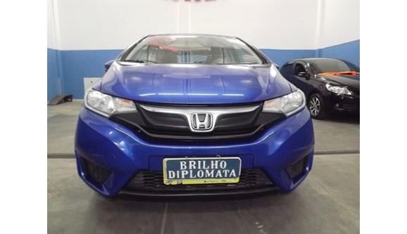 //www.autoline.com.br/carro/honda/fit-15-lx-16v-flex-4p-automatico/2015/rio-de-janeiro-rj/9403065
