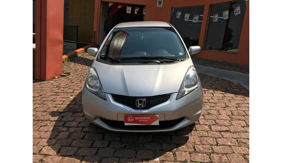 //www.autoline.com.br/carro/honda/fit-14-lxl-16v-flex-4p-automatico/2012/itu-sp/9491130