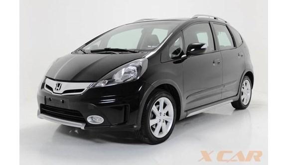 //www.autoline.com.br/carro/honda/fit-15-twist-16v-flex-4p-manual/2013/sao-paulo-sp/9891500