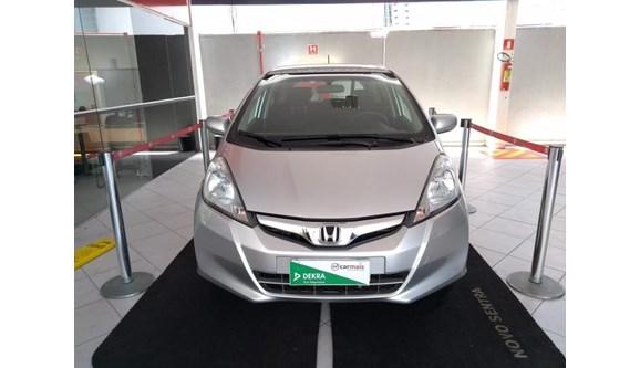 //www.autoline.com.br/carro/honda/fit-14-lx-16v-flex-4p-automatico/2013/fortaleza-ce/6735183