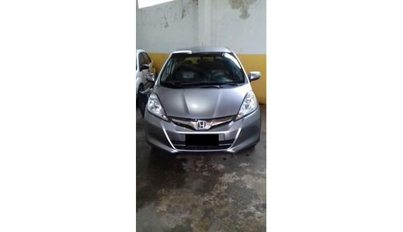 //www.autoline.com.br/carro/honda/fit-15-ex-16v-gasolina-4p-automatico/2013/porto-velho-ro/6742758
