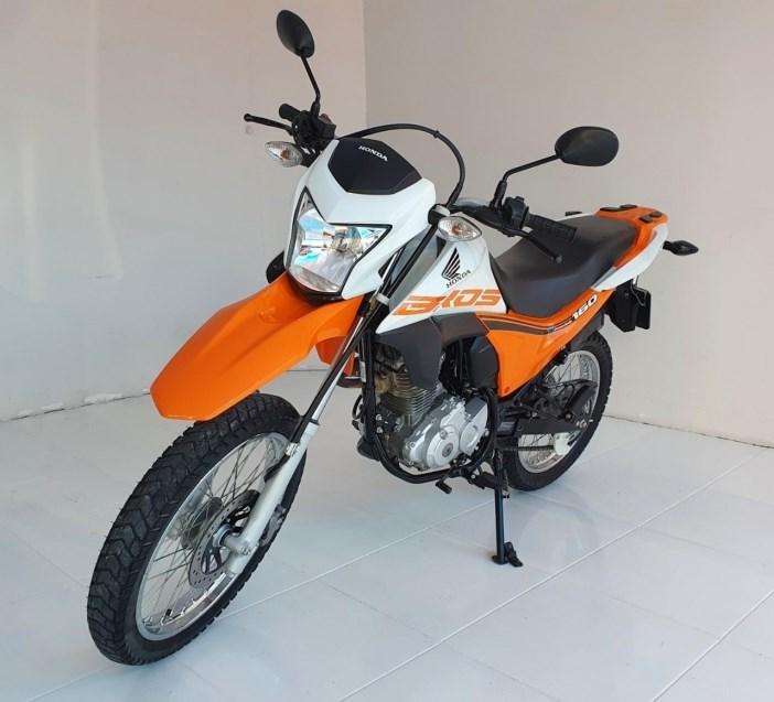 //www.autoline.com.br/moto/honda/nxr-160-bros/2018/taubate-sp/15865340