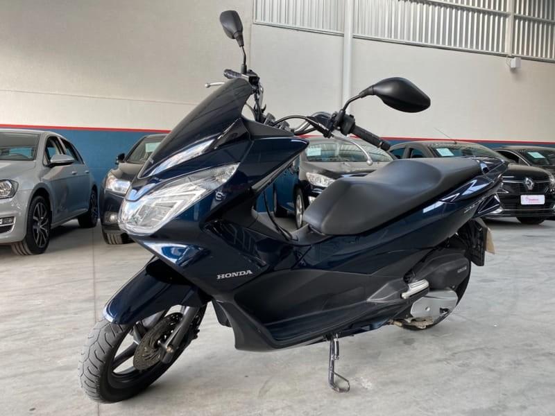 //www.autoline.com.br/moto/honda/pcx-150/2018/curitiba-pr/14383622