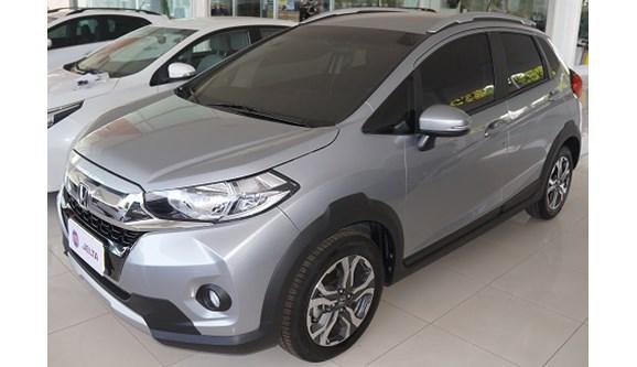 //www.autoline.com.br/carro/honda/wr-v-15-exl-16v-flex-4p-automatico/2018/teresina-pi/6955545