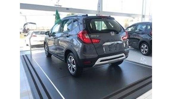 //www.autoline.com.br/carro/honda/wr-v-15-ex-16v-flex-4p-automatico/2018/itapetininga-sp/7663854