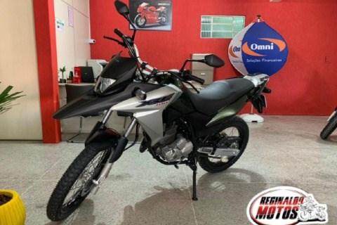 //www.autoline.com.br/moto/honda/xre-300-flexc-abs-etagas-mec-basico/2017/araucaria-pr/14733436
