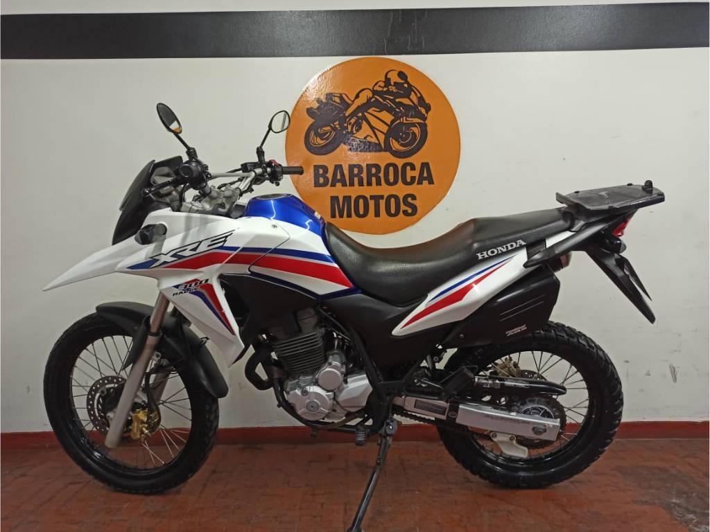 //www.autoline.com.br/moto/honda/xre-300-rallyc-abs-flex-etagas-mec-basico/2017/belo-horizonte-mg/12710670