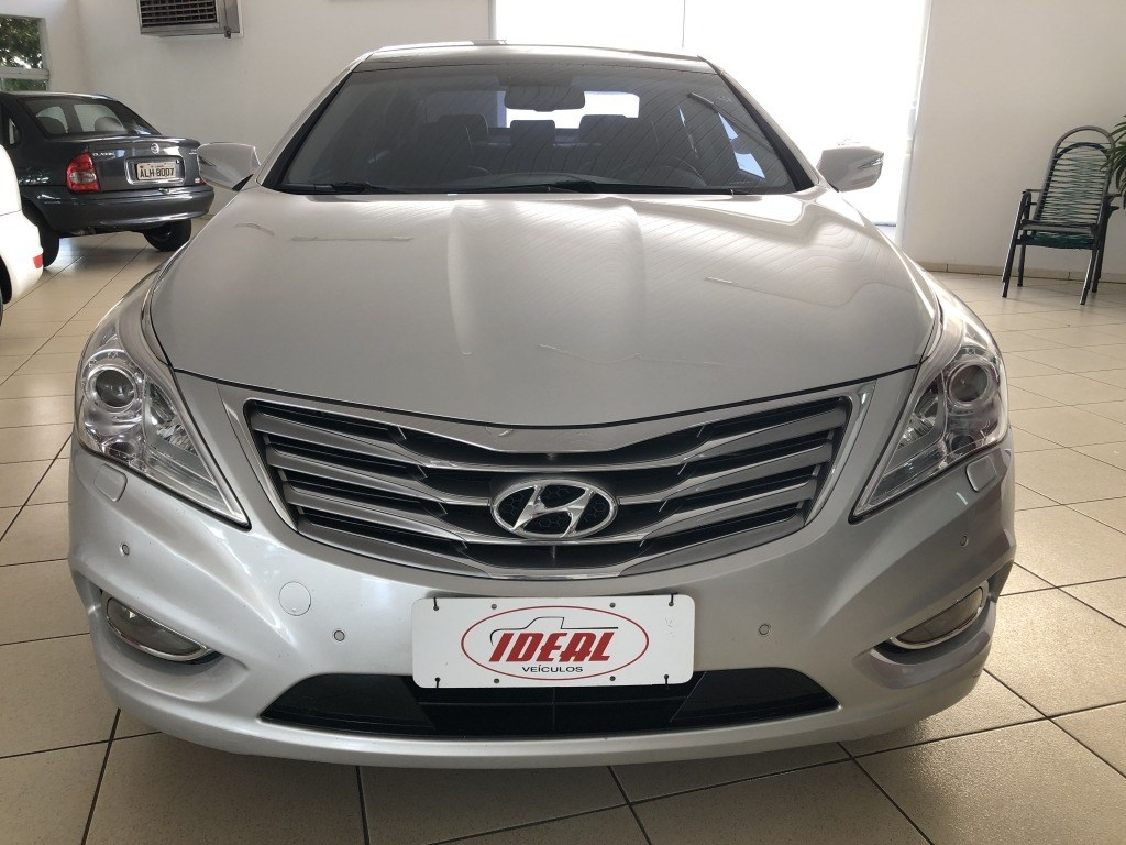 //www.autoline.com.br/carro/hyundai/azera-30-gls-24v-gasolina-4p-automatico/2013/umuarama-pr/12722359