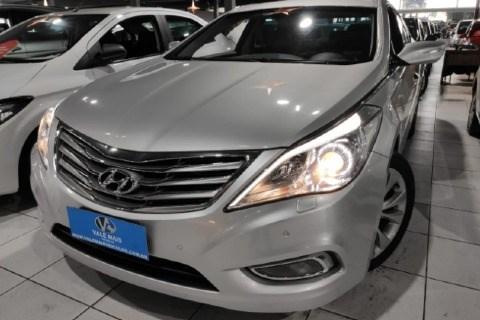 //www.autoline.com.br/carro/hyundai/azera-30-gls-24v-gasolina-4p-automatico/2015/sao-jose-dos-campos-sp/12758728