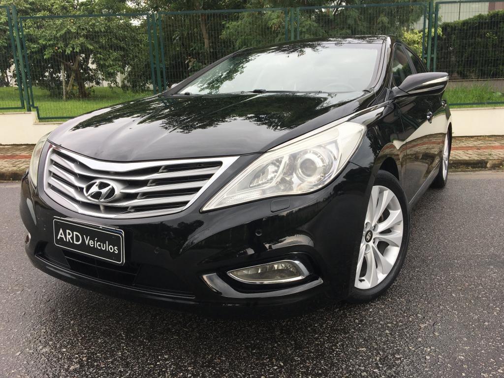 //www.autoline.com.br/carro/hyundai/azera-30-gls-24v-gasolina-4p-automatico/2013/sao-jose-sc/13686168