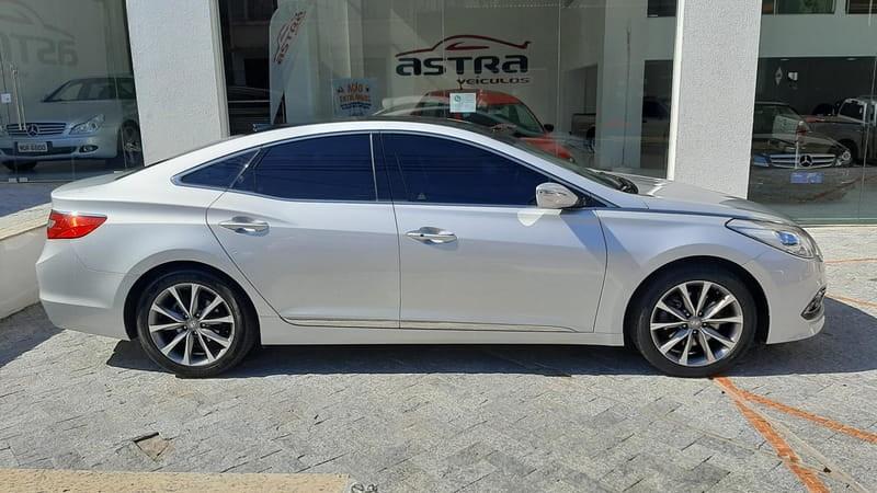 //www.autoline.com.br/carro/hyundai/azera-30-v6-gls-24v-gasolina-4p-automatico/2015/guarapuava-pr/14627165