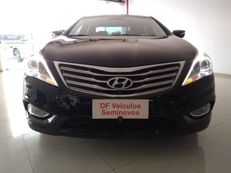 //www.autoline.com.br/carro/hyundai/azera-30-gls-24v-gasolina-4p-automatico/2013/brasilia-df/9879650