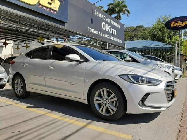 //www.autoline.com.br/carro/hyundai/elantra-20-gls-16v-sedan-flex-4p-automatico/2018/volta-redonda-rj/11853232