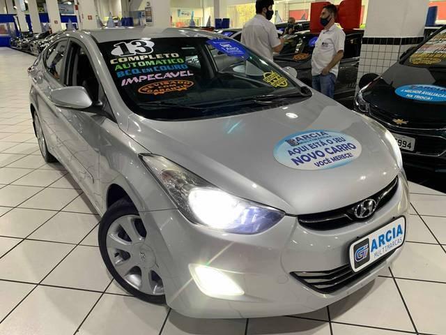 //www.autoline.com.br/carro/hyundai/elantra-18-gls-16v-sedan-gasolina-4p-automatico/2013/sao-paulo-sp/12084864