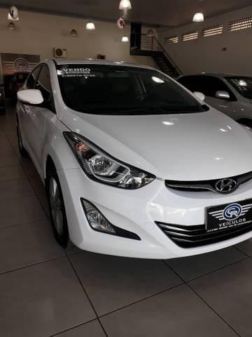 //www.autoline.com.br/carro/hyundai/elantra-20-gls-16v-sedan-flex-4p-automatico/2015/coxim-ms/12399160