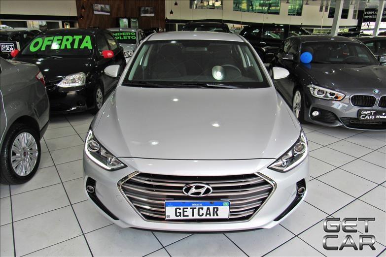 //www.autoline.com.br/carro/hyundai/elantra-20-gls-16v-sedan-flex-4p-automatico/2018/sao-paulo-sp/13201377