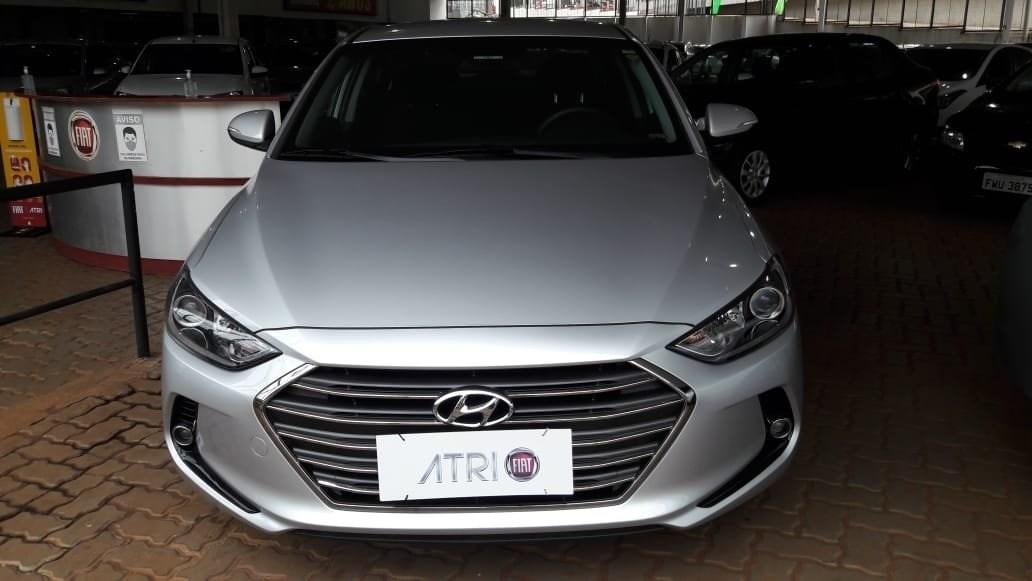 //www.autoline.com.br/carro/hyundai/elantra-20-gls-16v-sedan-flex-4p-automatico/2018/ribeirao-preto-sp/13298352