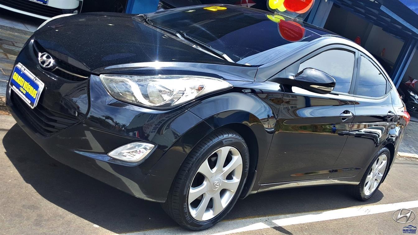 //www.autoline.com.br/carro/hyundai/elantra-18-gls-16v-sedan-gasolina-4p-automatico/2012/taquaritinga-sp/13730401