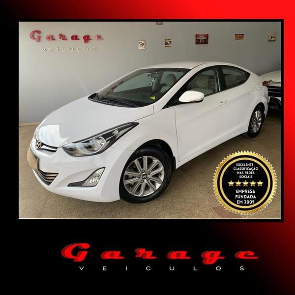 //www.autoline.com.br/carro/hyundai/elantra-20-gls-16v-flex-4p-automatico/2015/brasilia-df/14059174