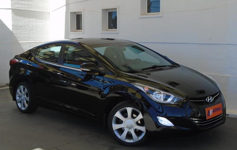 //www.autoline.com.br/carro/hyundai/elantra-18-gls-16v-gasolina-4p-automatico/2012/brasilia-df/14421517