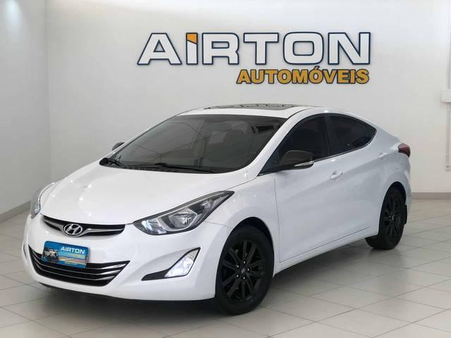 //www.autoline.com.br/carro/hyundai/elantra-20-gls-16v-flex-4p-automatico/2015/indaial-sc/14602805