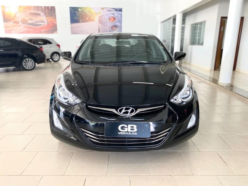 //www.autoline.com.br/carro/hyundai/elantra-20-gls-16v-flex-4p-automatico/2015/pirassununga-sp/14827765