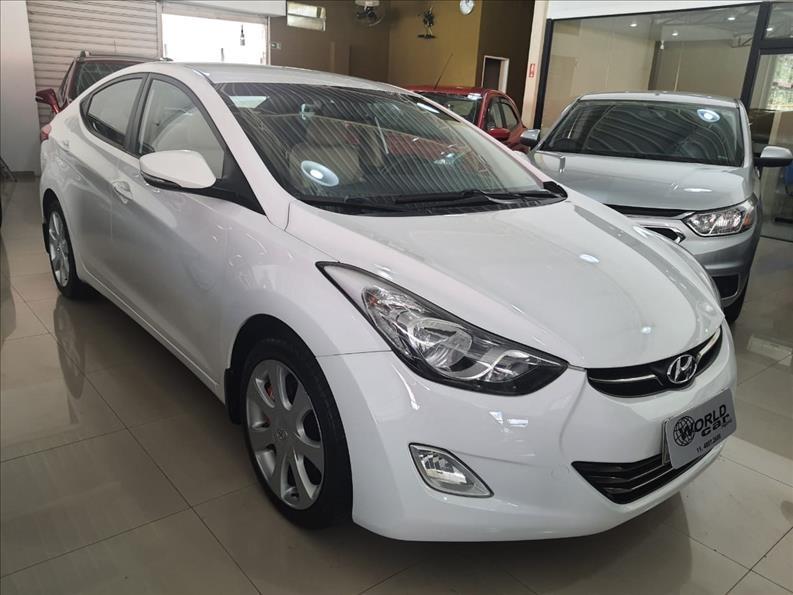 //www.autoline.com.br/carro/hyundai/elantra-18-gls-16v-gasolina-4p-automatico/2013/jundiai-sp/14938723